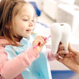 4 tips para conseguir que tus hijos tengan unos dientes más sanos