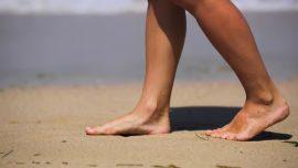 Pies secos y otros problemas de los pies más frecuentes en verano